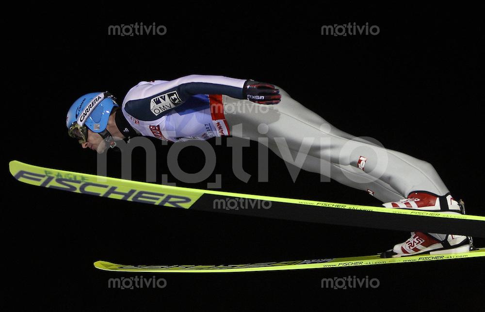 Sapporo , 020307 , Nordische Ski Weltmeisterschaft  Skispringen Kleinschanze Qualifikation , Wolfgang LOITZL (AUT)