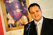 """Prinses Máxima opent Week van het geld<br /> <br /> Hare Koninklijke Hoogheid Prinses Máxima der Nederlanden geeft in aanwezigheid van circa 200 kinderen het startsein voor de 'Week van het geld' op het Frederiksplein te Amsterdam. Tijdens de Week van het geld staat omgaan met geld centraal. Het programma is voor kinderen van 4 tot 12 jaar.<br /> <br /> Her Royal Highness Princess Máxima of the Netherlands will in the presence of approximately 200 children launch the """"Week of money"""" on the Frederiksplein in Amsterdam. During the week of the money is money management the center. The program is for children from 4 to 12 years.<br />  Op de foto / On the photo: minister van Financiën Jan Kees de Jager / Minister of Finance  Jan Kees de Jager"""
