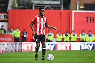 Brentford Midfielder Florian Jozefzoon (7) in action during the EFL Sky Bet Championship match between Brentford and Queens Park Rangers at Griffin Park, London, England on 21 April 2018. Picture by Stephen Wright.