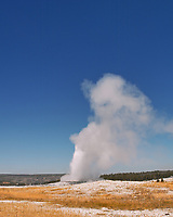 Old Faithful Geyser Eruption. Image taken with a Nikon D200 camera and 18-75 mm kit lens (ISO 100, 18 mm, f/8, 1/250 sec).