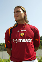 Roma 26/7/2004 <br /> <br /> <br /> <br /> Trigoria sede AS Roma presentazione delle maglie Diadora per l AS Roma stagione 2004/2005. <br /> <br /> <br /> <br /> <br /> <br /> <br /> <br /> Francesco Totti - AS Roma<br /> <br /> Photo Andrea Staccioli / Graffiti