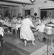 Y-620916-13-12. Oregon Restaurant Association first annual convention, Hotel Gearhart, Surfside Motel. September 16/17/18, 1962