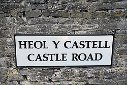 Street signs in both Welsh and English, Crickhowell, Powys, Wales