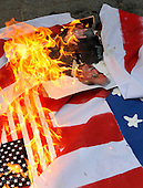 2010_09_11_USA flag burning