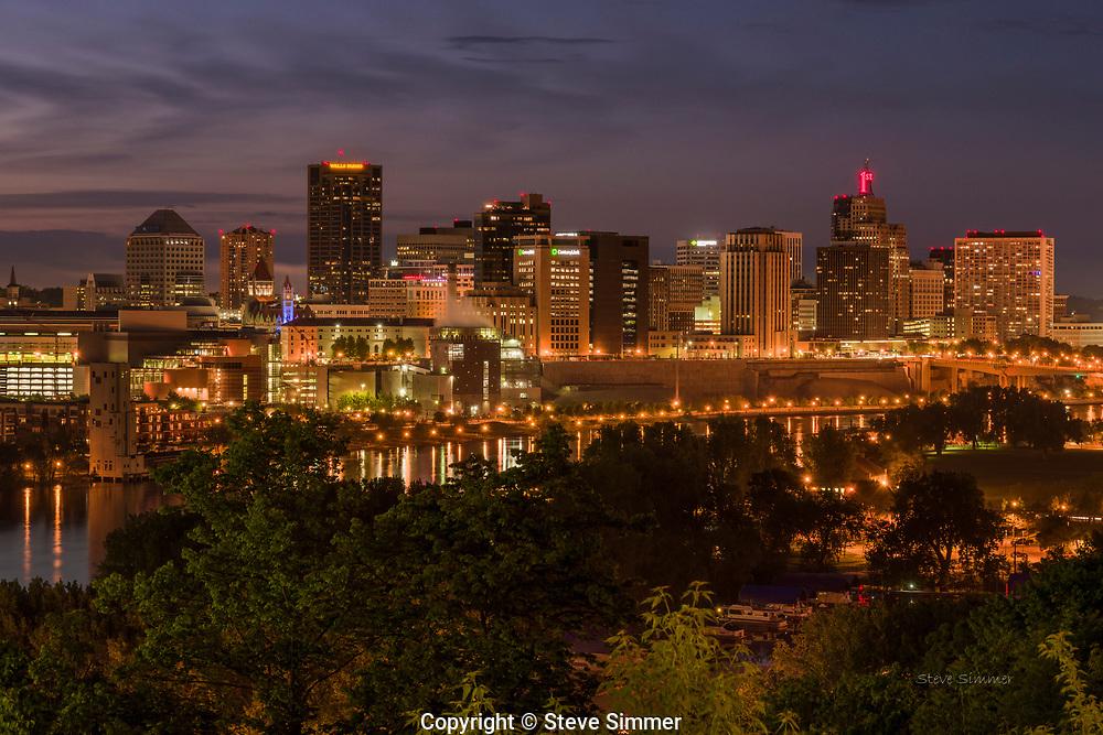 A St. Paul skyline from the high end of the High Bridge on Smith Avenue.