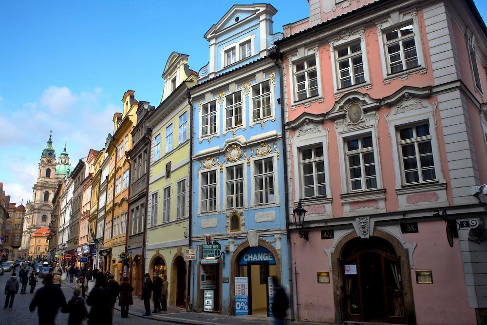 02/Febrero/2008 República Checa. Praga.Fachadas de edificios de la Calle Mostecká en el barrio de Mala Strana..©JOAN COSTA