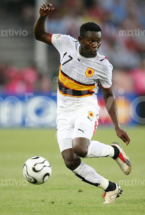 Fussball WM 2006  Gruppenspiel  Vorrunde Nationalmannschaft Angola ZE KALANGA