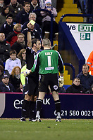 Photo: Mark Stephenson/Sportsbeat Images.<br /> West Bromwich Albion v Coventry City. Coca Cola Championship. 04/12/2007.West Brom's keeper Dean Kiely gets a yellow card
