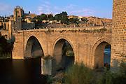 SPAIN, LA MANCHA, TOLEDO San Martin bridge over the Rio Tajo