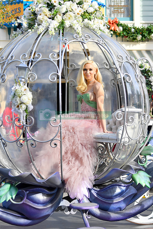 EXCLUSIVE: Gwen Stefani arrives to her performance at Disneyland in a princess horse drawn carriage wearing a princess dress. 15 Nov 2018 Pictured: Gwen Stefani. Photo credit: Snorlax / MEGA TheMegaAgency.com +1 888 505 6342