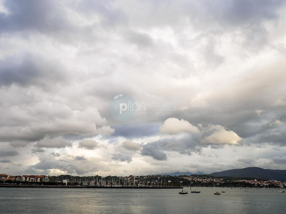 Vista de Hendaia desde Hondarribia ©Country Sessions / PILAR REVILLA