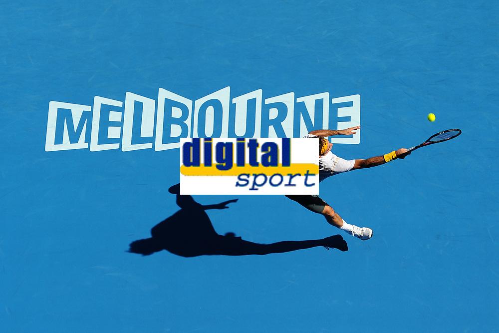 TENNIS - GRAND SLAM - AUSTRALIAN OPEN 2011 - MELBOURNE PARK (AUS) - 23/01/2011 - PHOTO : ANTOINE COUVERCELLE / TENNIS MAGAZINE / DPPI - DAY 7 - ROGER FEDERER (SWI)