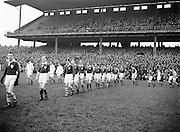 Neg No:.401/5669-5673...14021954IPFCSF1...14.02.1954..Interprovincial Railway Cup Football - Semi-Final...Leinster.3-14 .Ulster.3-6..
