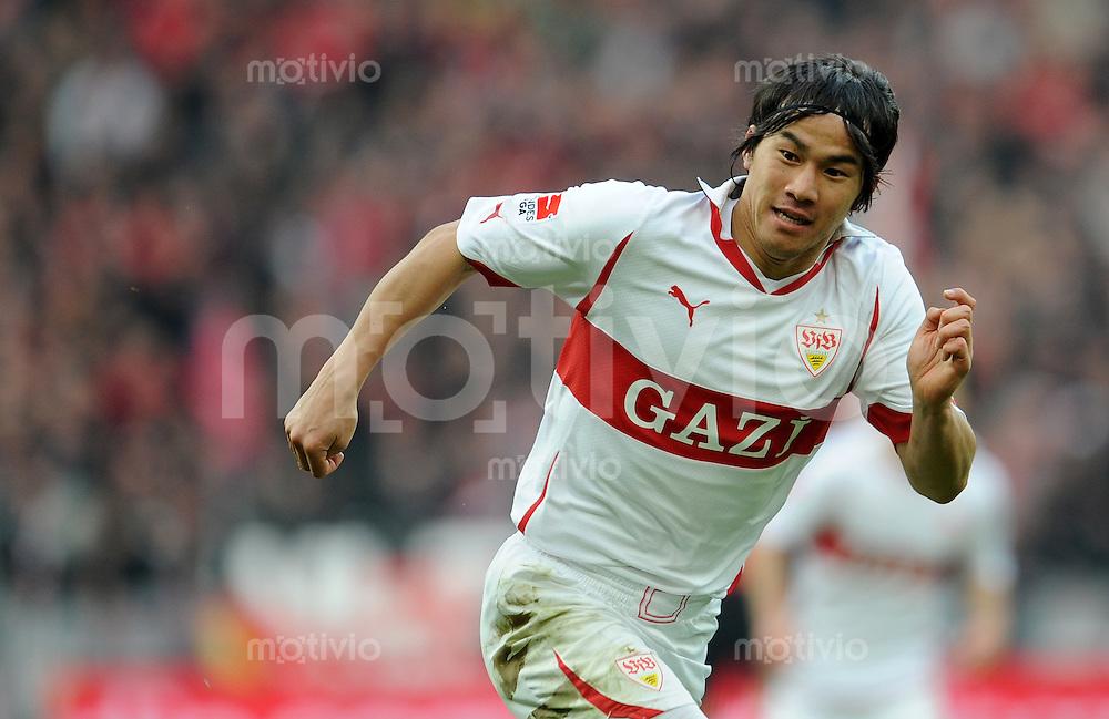 FUSSBALL   1. BUNDESLIGA   SAISON 2010/2010   23. Spieltag Bayer 04 Leverkusen - VfB Stuttgart                       20.02.2011 Shinji OKAZAKI (VfB Stuttgart)