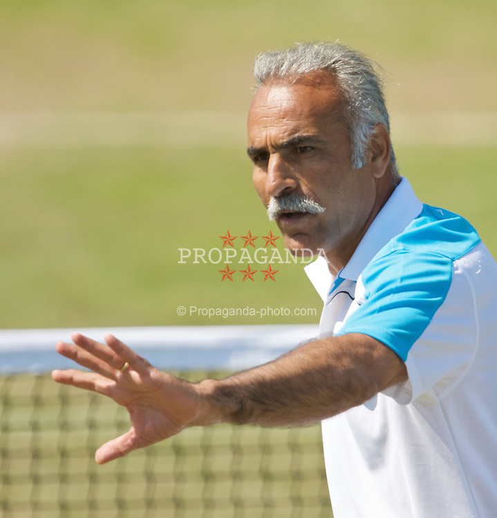 NOTTINGHAM, ENGLAND - Thursday, June 11, 2009: Mansour Bahrami (IRN) in action on day one of the Tradition Nottingham Masters tennis event at the Nottingham Tennis Centre. (Pic by David Rawcliffe/Propaganda)