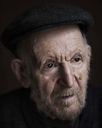 Artist Gustav Metzger 1926 - 2017 Photographed in Hackney, East London 2016. Gustav Metzger, born to Polish Jewish parents, arrived in England in 1939 from Nazi Germany as a refugee under the auspices of the Refugee Children Movement. He and his brother survived the holocaust in which most of his family perished. Gustav Metzgers was an artist and political activist who developed the concept of Auto-Destructive Art and the Art Strike in a career spanning more than 65 years. In his art he incorporated materials ranging from trash to old newspapers, liquid crystals to industrial materials, and even acid and much of his work was influenced by his experience of the mass destruction of the second world war as well as the detrimental impact of humans on anture. His radical approach to art and politics and his concept of auto-destruction has inspired a string of artists.