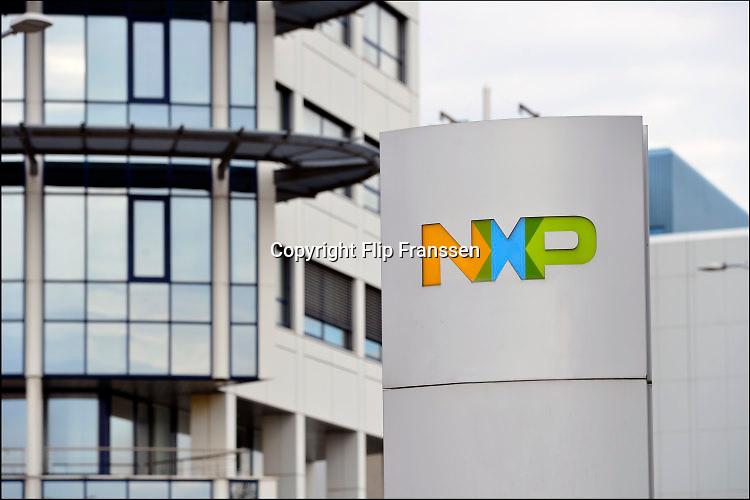 Nederland, Nijmegen, 26-2-2020NXP semiconductors. Fabriek. Hoofdingang van de vestiging . Er worden chips, halfgeleiders, gemaakt. Het bedrijf adviseert werknemers die ziek zijn of onlangs in china waren thuis te blijven vanwege het corona virus . Foto: Flip Franssen