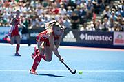 Hannah Martin. England v Argentina, Lee Valley Hockey and Tennis Centre, London, England on 10 June 2017. Photo: Simon Parker