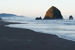 Haystack Rock and The Needles on Cannon Beach. Ecola State Park, Oregon, USA.