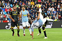 """Foto Filippo Rubin<br /> 28/10/2018 Ferrara (Italia)<br /> Sport Calcio<br /> Spal - Frosinone - Campionato di calcio Serie A 2018/2019 - Stadio """"Paolo Mazza""""<br /> Nella foto: ROVESCIATA MIRCO ANTENUCCI (SPAL)<br /> <br /> Photo Filippo Rubin<br /> October 28, 2018 Ferrara (Italy)<br /> Sport Soccer<br /> Spal vs Frosinone - Italian Football Championship League A 2018/2019 - """"Paolo Mazza"""" Stadium <br /> In the pic: MIRCO ANTENUCCI (SPAL)"""