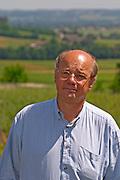 Jean-Francois Quenin, owner and wine maker, in the vineyard  Chateau de Pressac St Etienne de Lisse  Saint Emilion  Bordeaux Gironde Aquitaine France