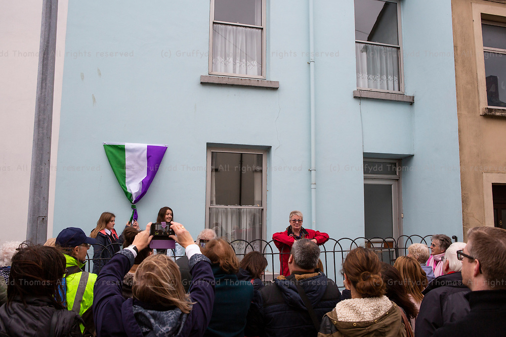 Morley Street, Carmarthen, Wales, UK. Saturday 3 November 2018.  A Carmarthen Civic Society Blue Plaque, dedicated to Rachel Barrett, is unveiled at 7 Morley Street, Carmarthen.<br /> <br /> Rachel Barrett BSc (1874-1953) was a suffragette, hunger-striker and co-editor of 'The Suffragette' and lived in the house from circa 1877 to 1885.