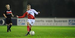 12-11-2009 VOETBAL: FC UTRECHT -AZ VROUWEN: UTRECHT<br /> Utrecht verliest met 1-0 van AZ / Mandy Versteegt<br /> ©2009-WWW.FOTOHOOGENDOORN.NL