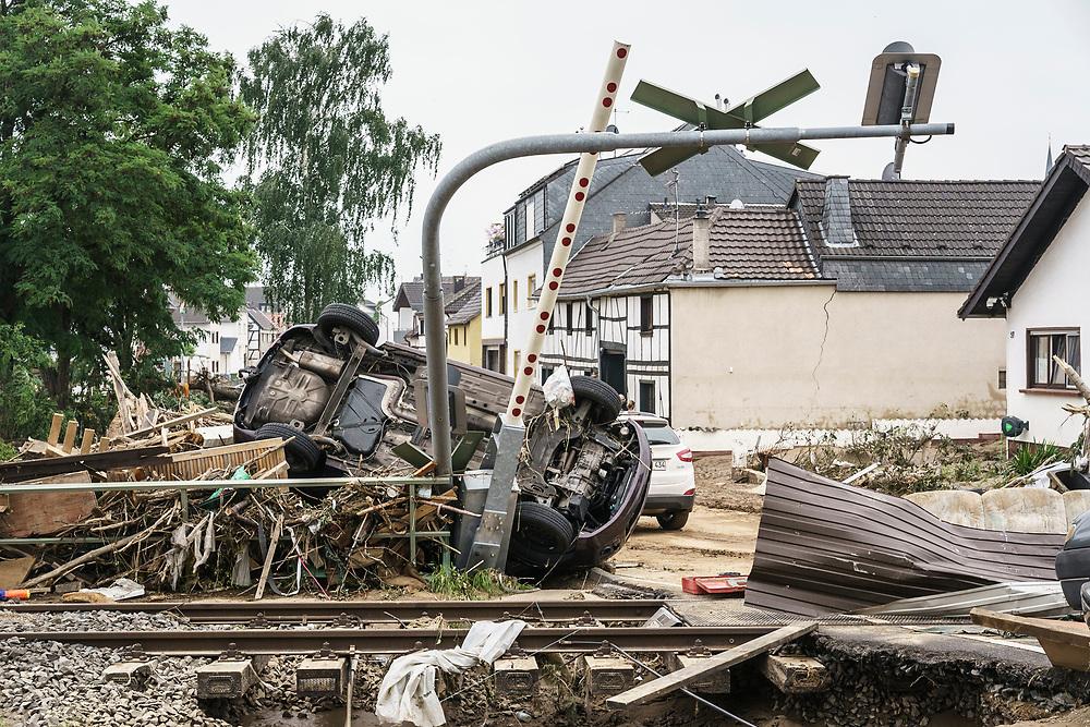 Swisttal, DEU, 17.07.2021<br /> <br /> Schäden nach Überschwemmung des Orbachs durch langanhaltende Regenfälle in Swisttal-Odendorf<br /> <br /> Damage after flooding of the Orbach river due to prolonged rainfall in Swisttal-Odendorf<br /> <br /> Foto: Bernd Lauter/berndlauter.com