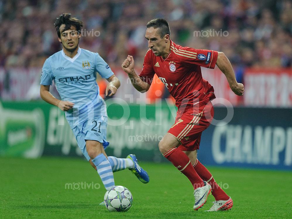 Fussball Uefa Champions League Saison 2011/2012 Gruppe A 2. Spieltag FC Bayern Muenchen - Manchester City V.l.: David SILVA (Manchester City), Franck RIBERY (FCB).