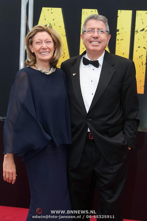 NLD/Amsterdam/20140508 - Wereldpremiere voorstelling Anne, ambassadeur van Israel, Divon Haim
