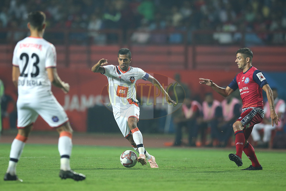Mandar Rao Dessai of FC Goa in action during match 25 of the Hero Indian Super League 2018 ( ISL ) between Jamshedpur FC and FC Goa held at JRD Tata Sports Complex, Jamshedpur, India on the 1st November  2018<br /> <br /> Photo by: Deepak Malik /SPORTZPICS for ISL