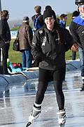 De Hollandse 100 op FlevOnice, een sportief evenement ter ondersteuning van onderzoek naar lymfeklierkanker. Een oer-Hollandse duatlon bestaande uit twee onderdelen: schaatsen en fietsen. <br /> <br /> The Dutch 100 on FlevOnice, a sporting event to support research into lymphoma. A traditional Dutch duathlon consisting of two components: skating and cycling.<br /> <br /> Op de foto:  Prinses Annette