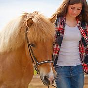 20160610 Icelandic horse and girl
