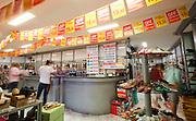 Uberlandia_MG, Brasil...Comerio de sapatos da cidade de Uberlandia, Minas Gerais...The footwear commerce in Uberlandia, Minas Gerais. ..Foto: BRUNO MAGALHAES / NITRO
