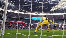 Manchester United's Ander Herrera (left) scores his side's second goal of the game during the Emirates FA Cup semi-final match at Wembley Stadium, London.