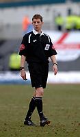 Photo: Daniel Hambury.<br />Brighton & Hove Albion v Leicester City. Coca Cola Championship. 11/02/2006.<br />Referee Steve Tanner.