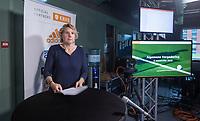UTRECHT - Algemene  Ledenvergadering KNHB online vanuit het kantoor De Weerelt van de Sport.  . achter de tafel Catrien Zijlstra (secretaris) , Erik Cornelissen (Voorz.)en Erik Gerritsen (dir.)   - Clarinda Sinnige.   COPYRIGHT KOEN SUYK