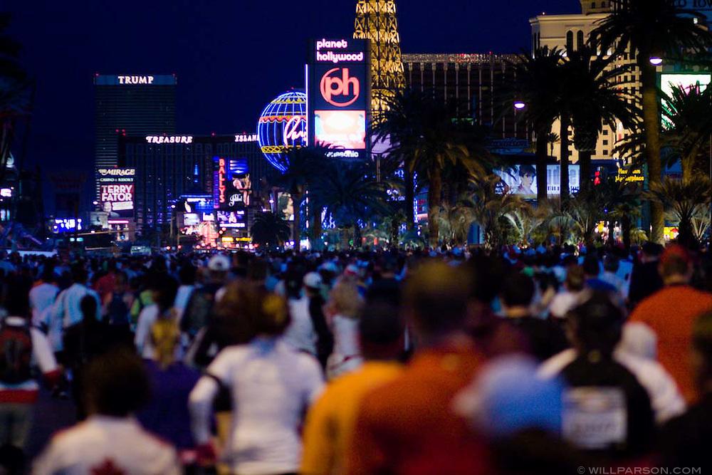 The 2008 Las Vegas Marathon begins on the morning of December 07, 2008 on Las Vegas Boulevard.