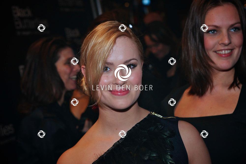 AMSTERDAM - Marieke Westenenk op de premiere van de Engelstalige speelfilm Black Butterflies dinsdag in Amsterdam. FOTO LEVIN DEN BOER - PERSFOTO.NU