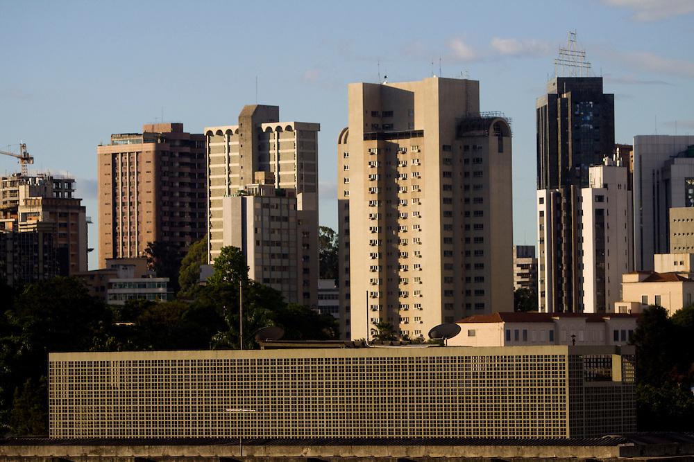 Belo Horizonte_MG, Brasil...Predios no bairro Cidade Jardim em Belo Horizonte...The buildings in Cidade Jardim neighborhood in Belo Horizonte...Foto: MARCUS DESIMONI / NITRO