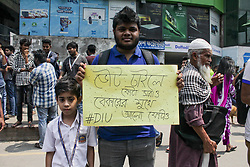 May 11, 2018 - Dhaka, Bangladesh - Students and job seekers on their fourth consecutive day of protests at Dhaka University  in Dhaka, Bangladesh, on 11 April 2018 for the reform of the quota system for government say they want a 'direct statement' from Prime Minister Sheikh Hasina on the issue. (Credit Image: © Khandaker Azizur Rahman Sumon/NurPhoto via ZUMA Press)