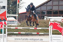 09.1, Youngster-Springprfg. Kl. M** 6+7j. Pferde,Ehlersdorf, Reitanlage Jörg Naeve, 13.05. - 16.05.2021, Jan Philipp Schultz (GER), Consul Eggert,