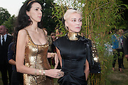 L'WREN SCOTT; DAPHNE GUINNESS, The Serpentine Summer Party 2013 hosted by Julia Peyton-Jones and L'Wren Scott.  Pavion designed by Japanese architect Sou Fujimoto. Serpentine Gallery. 26 June 2013. ,