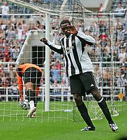 Photo: Andrew Unwin.<br /> Newcastle United v Villarreal. Pre Season Friendly. 05/08/2006.<br /> Newcastle's Shola Amoebi celebrates his goal.