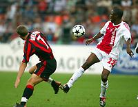 Milano 16/9/2003 <br />Champions League <br />Milan Ajax 1-0 <br />Andrej Shevchenko (Milan) Abubakari Yakubu (Ajax)<br />Fot Andrea Staccioli Graffiti