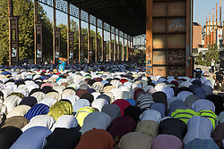 September 1, 2017 - Turin, Piemonte, Italy - Members of the Muslim community perform Eid al-Adha (Festival of Sacrifice) prayer in Turin, Italy, on 1st September 2017 in the scenographic 'Parco Dora' (Credit Image: © Mauro Ujetto/NurPhoto via ZUMA Press)
