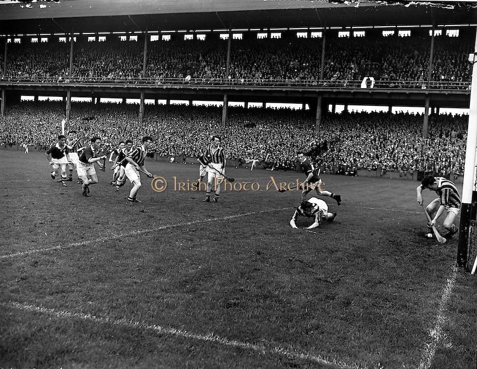 17/08/1958<br /> 08/17/1958<br /> 17 August 1958<br /> All-Ireland Minor Semi-Final: Galway v Kilkenny at Croke Park, Dublin.