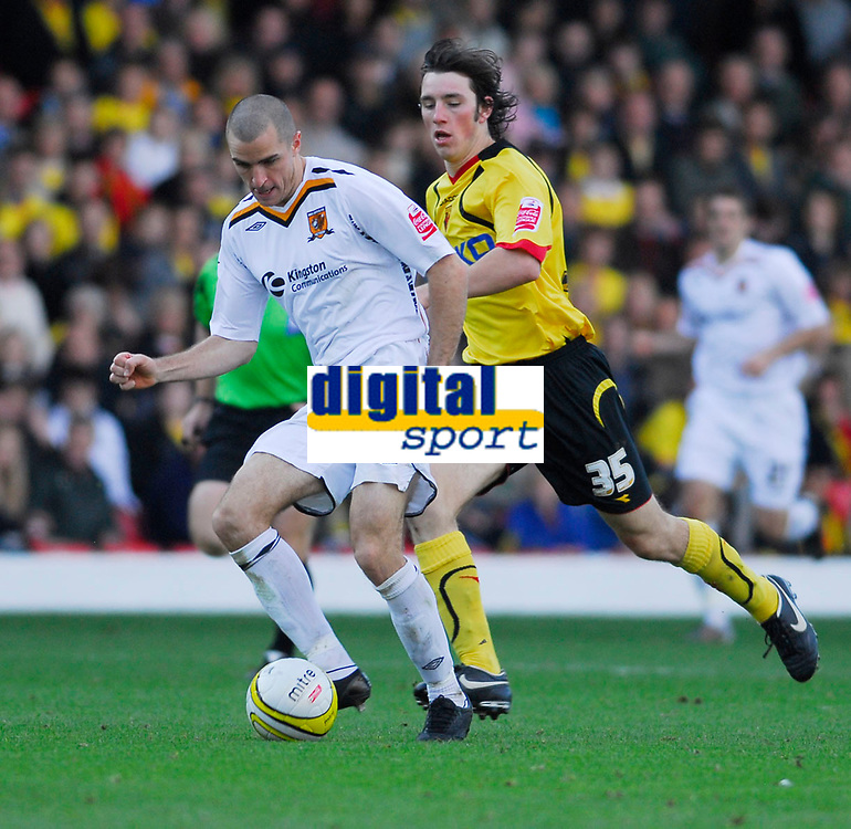 Photo: Leigh Quinnell.<br /> Watford v Hull City. Coca Cola Championship. 20/10/2007. Hulls Dean Marney gets away from Watfords  John-Joe O'Toole.