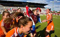 MONCHENGLADBACH - Jong Oranje dames wint zondag in Monchengladbach de wereldtitel door de finale van het het WK-21 van  Argentinie te winnen. Het Nederlands hockeyteam wint na 1-1 de shout-outs. Foto Koen Suyk