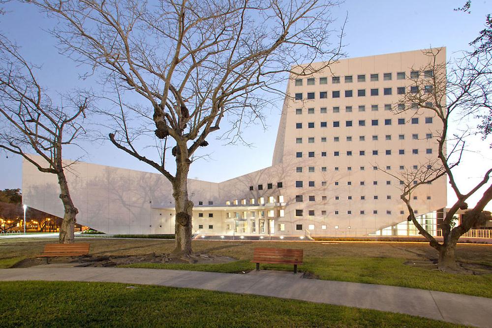 Florida International University SIPA Building by Arquitectonica 2011